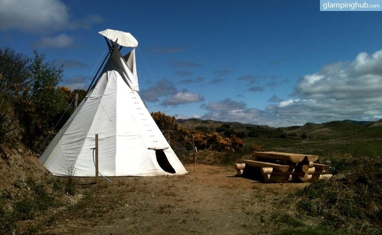 tipi-for-camping-with-dogs-scotland